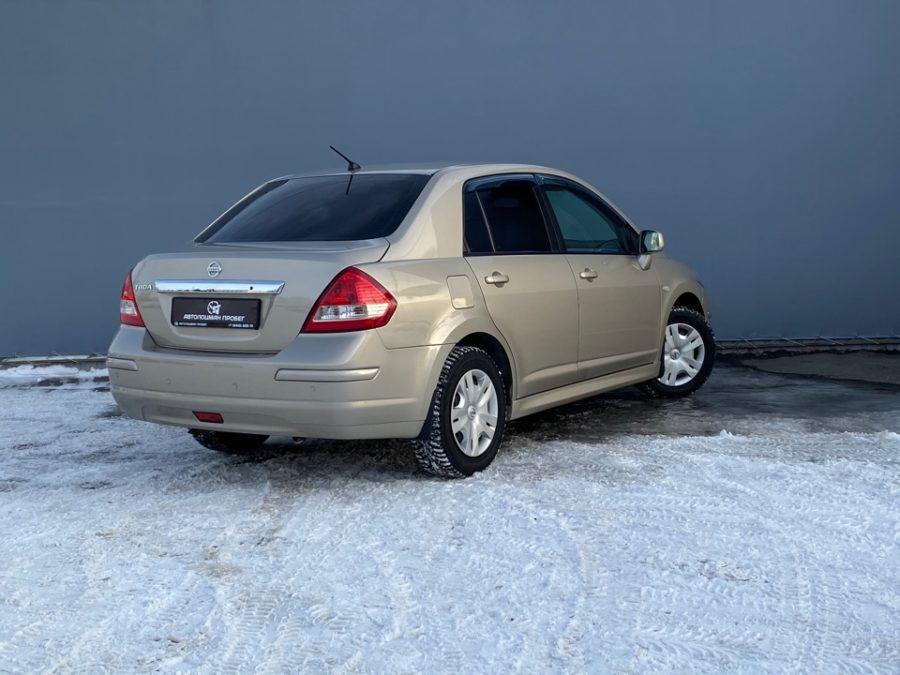 Nissan Tiida I Рестайлинг